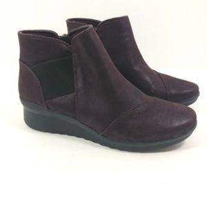 clarks cloudstepper boots size 7 deep purple